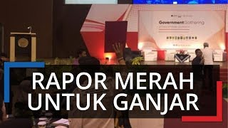 Gubernur Jateng Ganjar Pranowo Terima 'Rapor Merah' dari Mahasiswa
