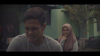 Download Video Gadis Kampung MP3 3GP MP4