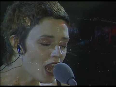 Non volermi male - Carmen Consoli (Taormina, Teatro Greco, 2001)
