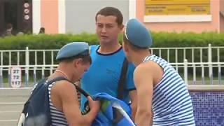 На улицах Уссурийска День ВДВ отмечали скромно - десантников ждал
