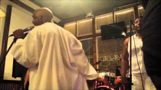 Antwione B DAMAGE VOCALS DUE TO MIC MALFUNCTION Live blurred lines