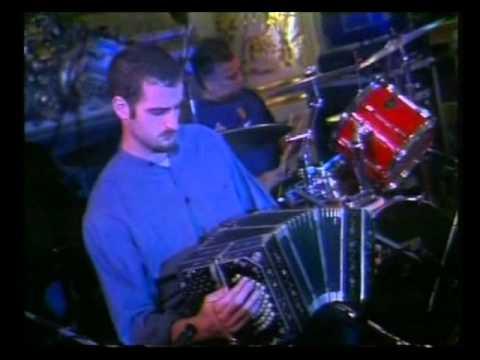 Miguel Cantilo video Catalina Bahía - Casa de Gobierno 2006