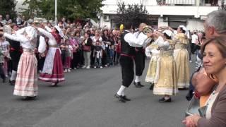 preview picture of video 'Balli di Gruppo in Costume - Festa a Mentana - Roma - Danze di Fine estate'