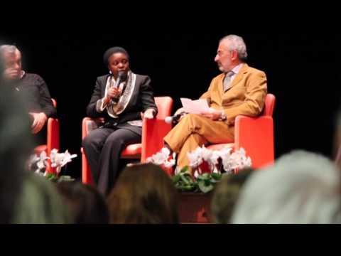 Kyenge illustra il percorso per la cittadinanza agli stranieri