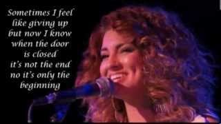 Tori Kelly  - Worth it Lyric Video - Video Youtube