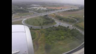 preview picture of video 'Boeing 737-500 landing in Dresden'