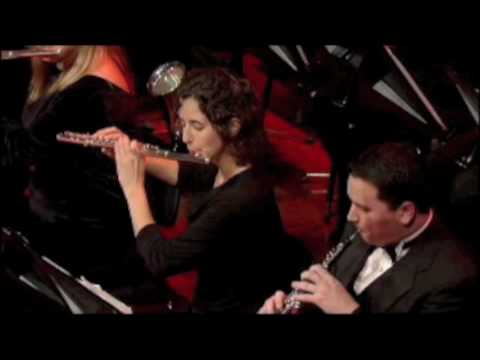 Christmas at Belmont, broadcast on PBS, 2009 (bassoons seen at 1:12, 2:05, 3:45)