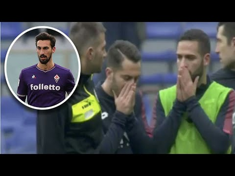 The moment in which the players  of Fiorentina  learn about the death of Astori