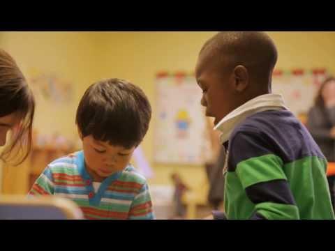 Comment aider un enfant de quatre ans à bien s'affirmer au sein d'un groupe?