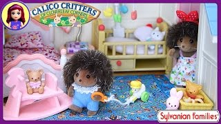 Sylvanian Families Calico Critters Courtyard Restaurant Setup House Tour - Kids Toys