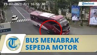 Video Detik-detik Bus Sudiro Tungga Jaya Menabrak Pemotor, Sopir Banting Stir Lalu Hantam Pagar