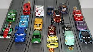 Гоночные машины Тачки 2 - Hot Wheels Stunt Track Driver - Disney Cars 2 Racing Set Lightning McQueen
