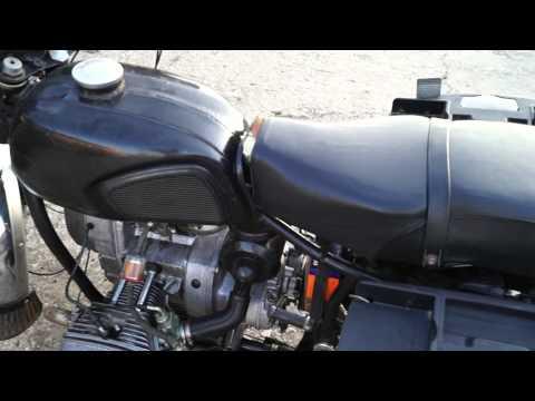Der Aufwand des Benzins auf kwadrozikle cf moto 500