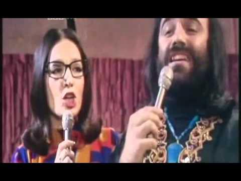 Nana Mouskouri & Demis Roussos - To Gelakaki