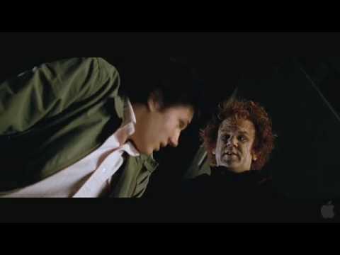 The Vampire's Assistant (Featurette)