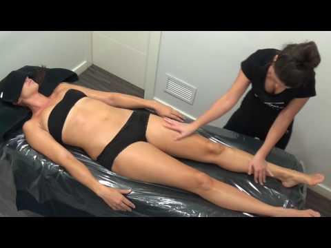 Masaje con Exfoliación | Peeling corporal de Natura Bisse | Body scrub with vitamin c