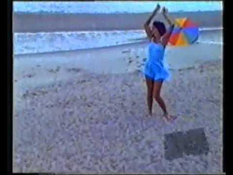 Fabiana Cantilo-Mary Poppins Y El Desollinado (audio editado)