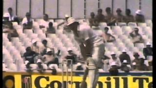 Cricket : Great Bowlers