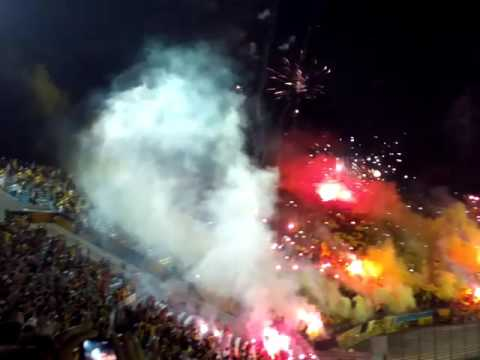 """""""Peñarol vs nietos copa bandes 2016 recibimiento 2"""" Barra: Barra Amsterdam • Club: Peñarol"""