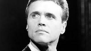 Brent Barrett BBC Interview, Life Story & Review ~ Phantom Of The Opera ~ Billy Flynn Chicago