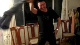 Gan Quan Strip Show, Hoho