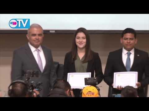 BCN entrega premios del Certamen de Economía, Finanzas y Desarrollo 2019