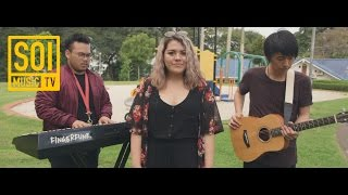 "Ffion ""With U""   Singapore 