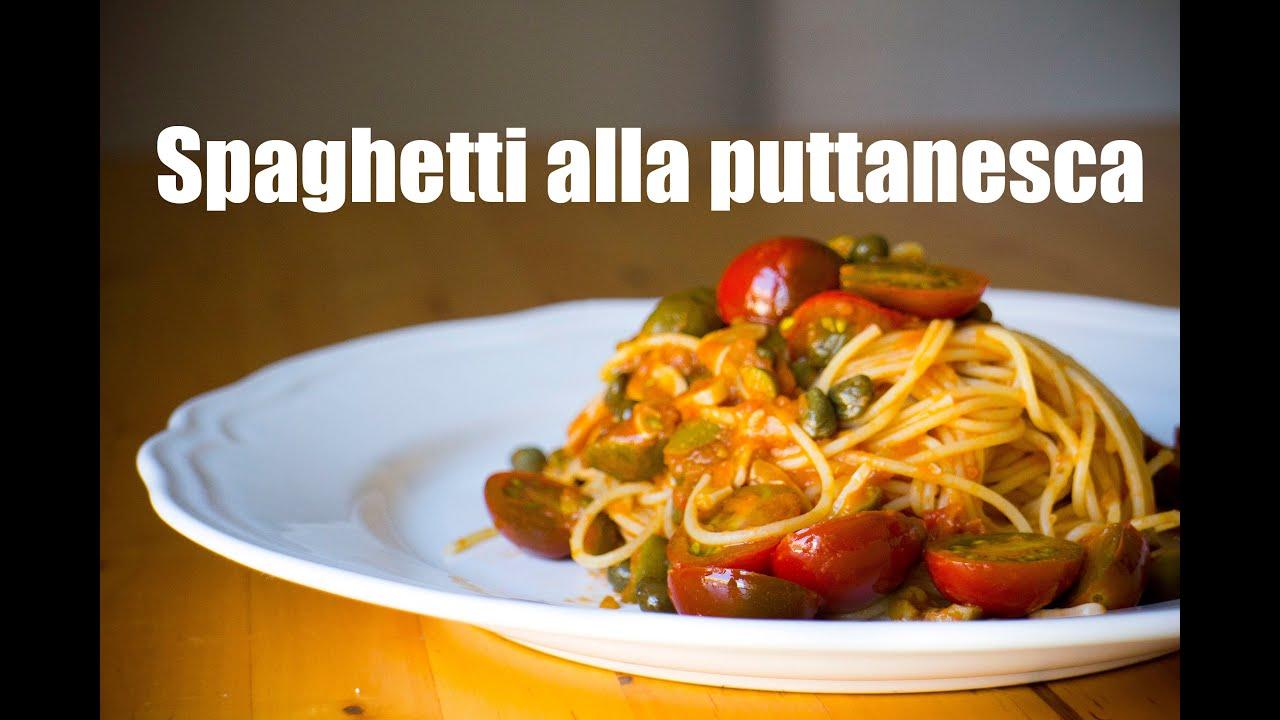 ESPAGUETI PUTTANESCA , Spaghetti alla puttanesca. Grabado con una GO PRO