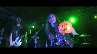"""Acid Witch """"Party Time!"""" (45 Grave original) at Doomed & Stoned Fest"""