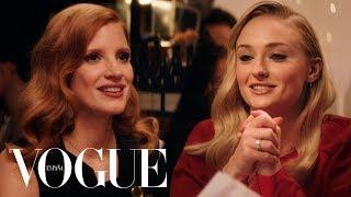 Una Cena Con Jessica Chastain Y Sophie Turner   VOGUE España