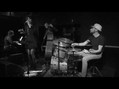 Big Time Bounce swing/bossa/jazz/soul band Pisa Musiqua