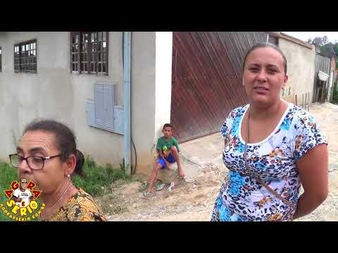 Moradores da Rua Narciza de Moraes da Favela do Justinos preferem mudar para São Lourenço da Serra do que conviver com o descaso dessa rua .