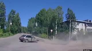 Придурки на дорогах, приколы на дороге 2018