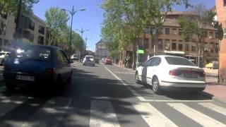 preview picture of video 'Peatones suicidas en Alcalá de Henares'