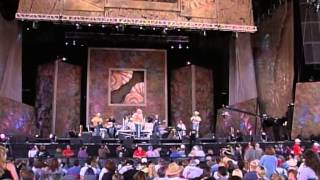 Alan Jackson - It Must Be Love (Live at Farm Aid 2000)