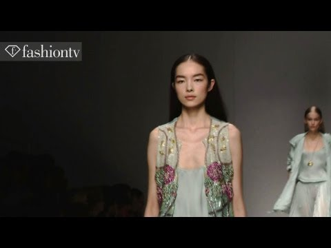 Fei Fei Sun: Top Fashion Week Model on FashionTV | FashionTV