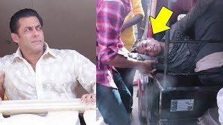 Salman Khan Emotional FAN Fell Unconscious Outside Galaxy Apartment