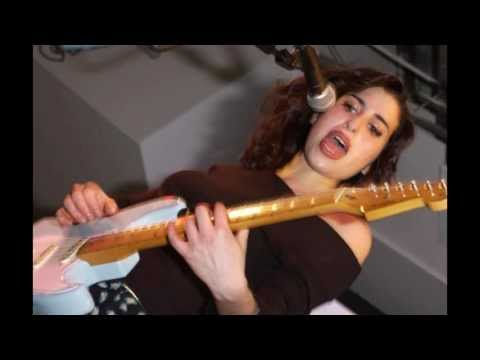 Amy Winehouse- Trilby [Best Quality]