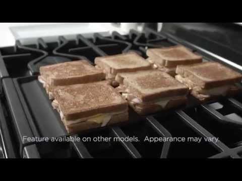 EXTRA-LARGE INTEGRATED NON-STICK GRIDDLE