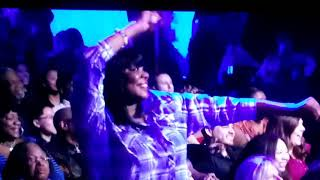Apollo Ejyp Johnson's Amazing Performance!! Barry whites Practice what you preach at the apollo