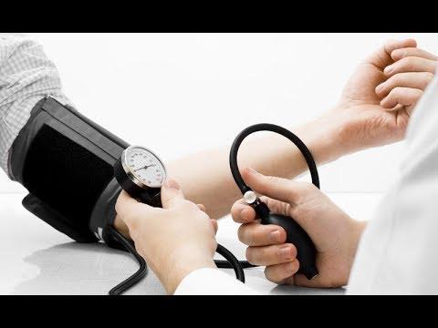 Aparato para medir la presión arterial en el precio de la muñeca