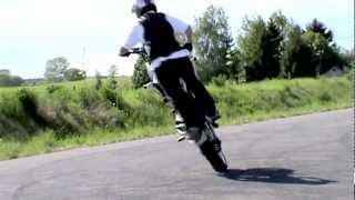 preview picture of video 'Łomża stunt - Ustawka Augustów 13.05.2012'