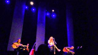 Alanis Morissette - 'on Too Hot / Canadian Albums' (Live Morristown, NJ, 7/25/14)