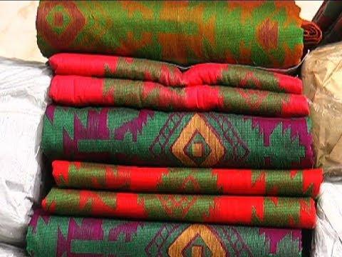 টাঙ্গাইলের করটিয়া হাটে ক্রেতা বিক্রেতাদের উপচেপড়া ভিড় | Tangail Tat Bazar