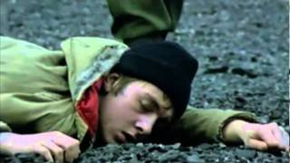 U2 - Sunday Bloody Sunday-HQ - YouTube