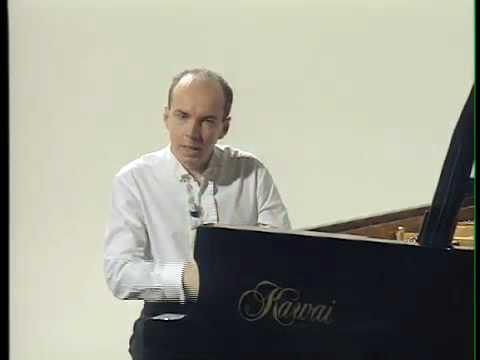 Filippo Faes comments Schubert 1: Sonata c minor D 958 (1)