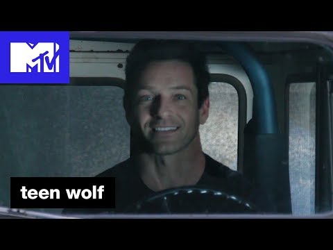 Ian Bohen 'The Roscoe Confessionals' | Teen Wolf (Season 6B) | MTV