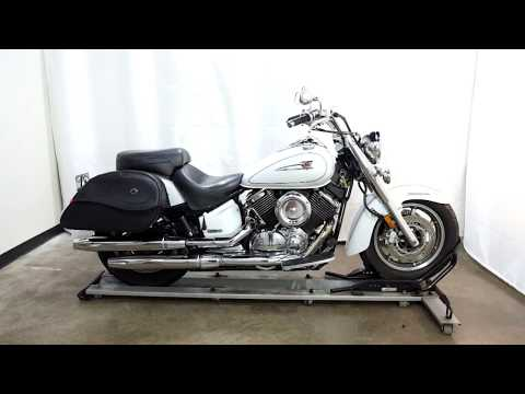 2005 Yamaha V Star® 1100 Classic in Eden Prairie, Minnesota - Video 1