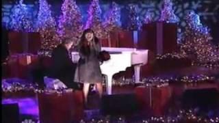CHARICE PEMPENGCO: Jingle Bell Rock Christmas in Rockefeller Center 30Nov2010