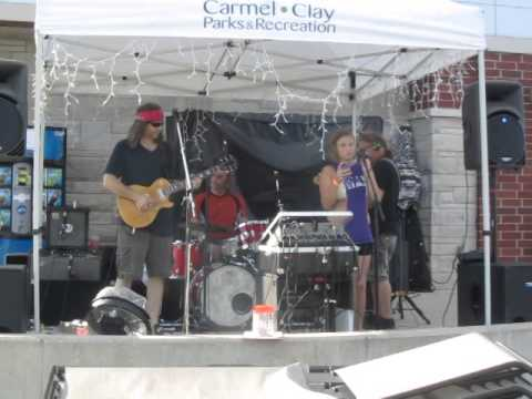 "ChrisyD joins 3to1 Band for a couple of songs at the Carmel Water Park 7/24/14 ""House of the Rising Sun"""